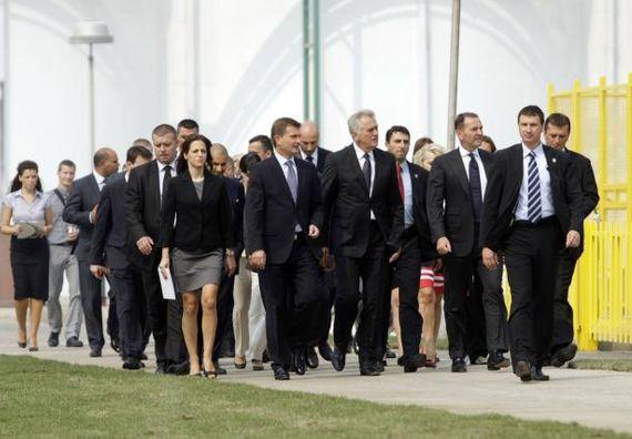 Bečej 1.9. 2012. g. - Predsednik Nikolić i predsednik EBRD-a ser Suma Čakrabarti obišli su fabriku Sojaprotein.
