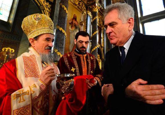 Beograd 7.1.2013 - Predsednik Nikolić na Božićnoj liturgiji u Sabornoj crkvi.