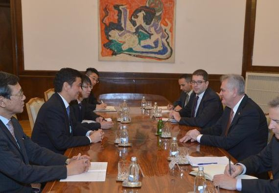 Beograd, 17.12.2013. god. Predsednik Nikolić sa zamenikom ministra spoljnih poslova Japana.