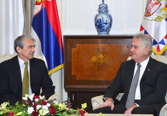 Београд, 2.9.2014. год, Председник Николић примио је у опроштајну посету амбасадора амбасадора Мађарске, Оскара Никовица.