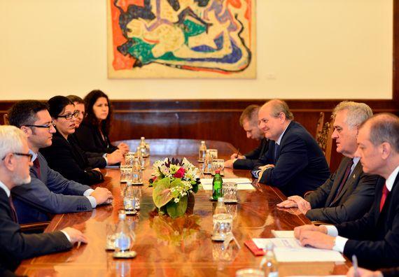 Beograd, 3.7.2014. god, Predsednik Nikolić sa ministrom spoljnih poslova Republike Bugarske, Kristijanom Vigeninom.