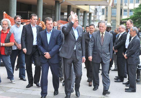 Kraljevo, 3.7.2014. god, Predsednik Nikolić prilikom posete poplavljenom stanovništvu u Kraljevu.
