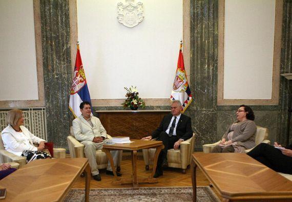 Beograd, 21.7.2014. god, Predsednik Nikolić sa predstavnicima Srpskog nacionalnog komiteta slavista.