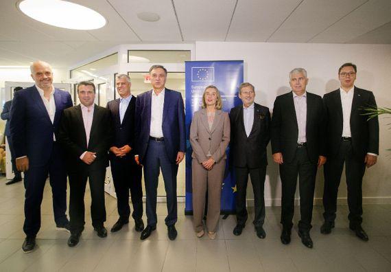 Predsednik Vučić sa Frederikom Mogerini visokom predstavnicom EU za spoljnu i bezbednosnu politiku