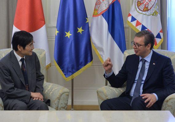 Predsednik Vučić sa ambasadorom Japana Đuićijem Takaharom
