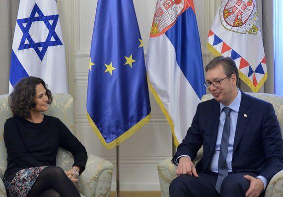 Predsednik Vučić sa ambasadorkom Izraela Alonom Fišer-Kam