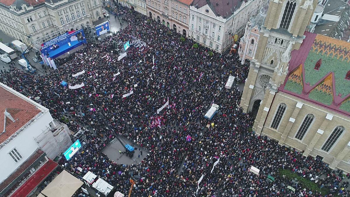 Председник Вучић у Новом Саду у оквиру кампање