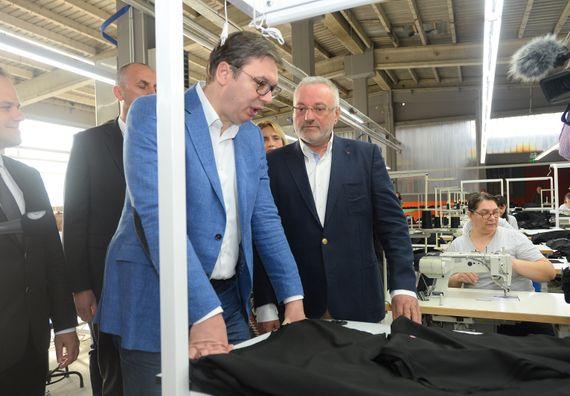 Predsednik Vučić obišao Podunavski okrug