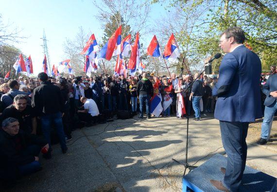 Predsednik Vučić obišao Srednjebanatski okrug u okviru kampanje