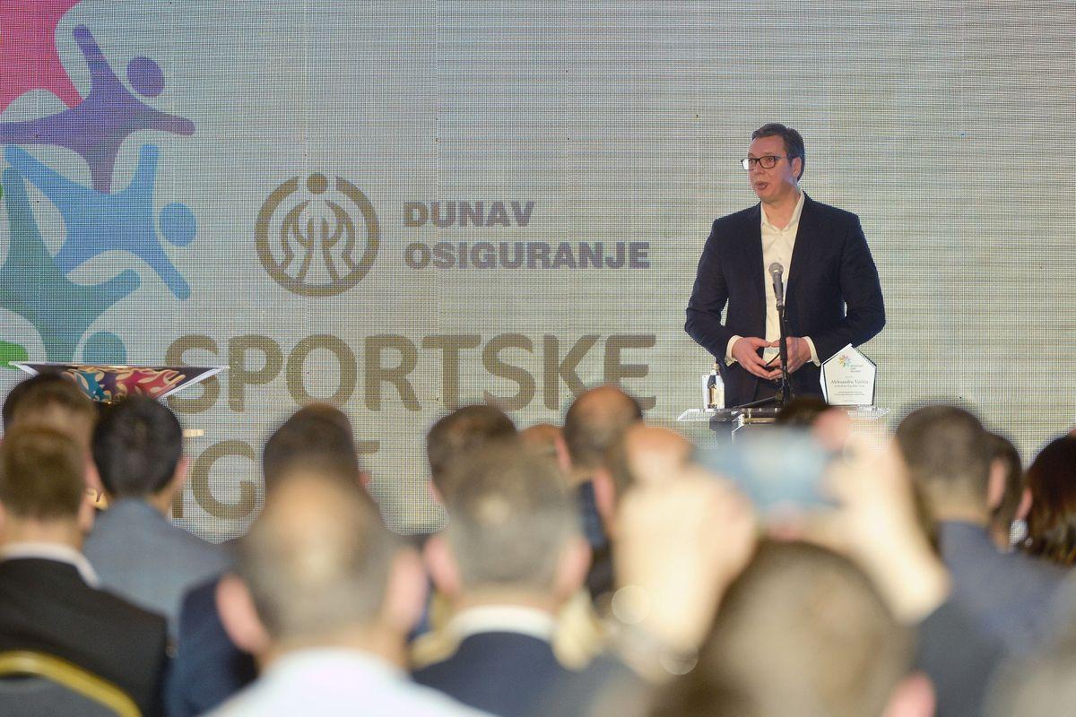 Predsednik Vučić na svečanoj ceremoniji proglašenja evropskog komesara za pregovore o proširenju i susedsku politiku za novog ambasadora Sportskih igara mladih