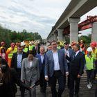 Председник Вучић обишао радове на изградњи моста преко Саве и Колубаре