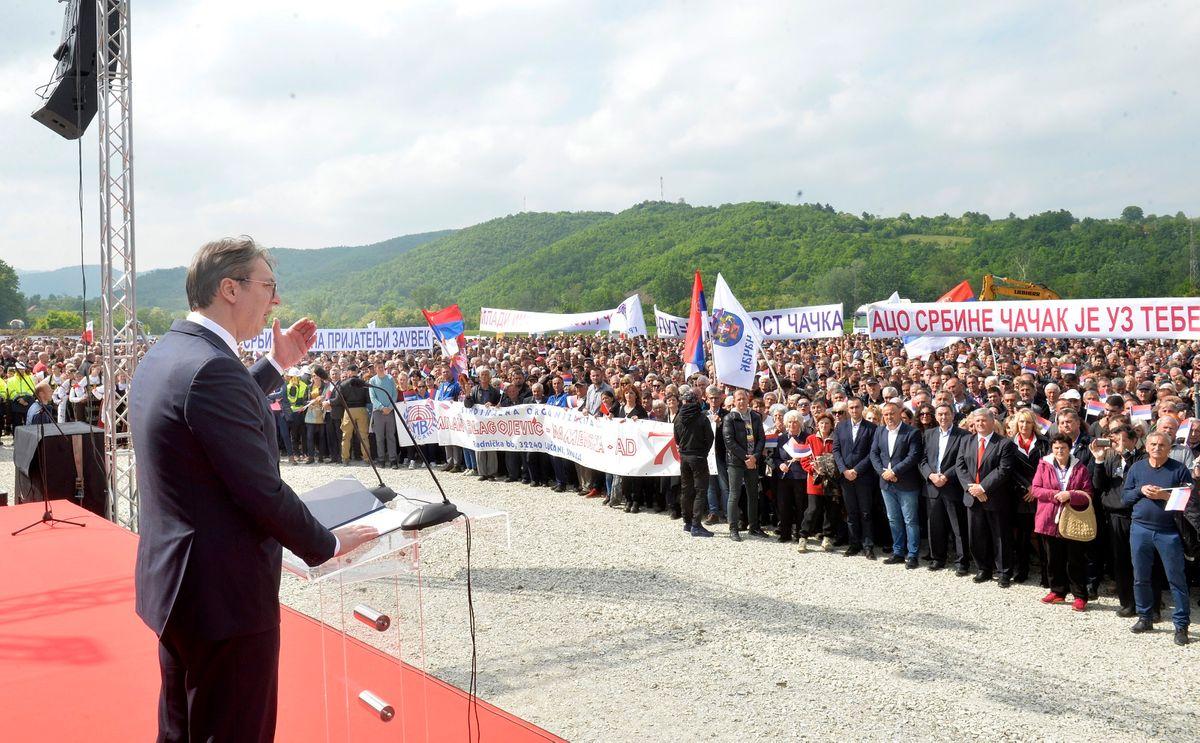 Председник Вучић присуствовао почетку радова на деоници пута Прељина–Пожега на Коридору 11
