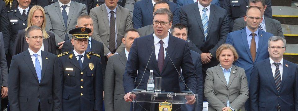 Predsednik Vučić na svečanoj promociji polaznika Centra za osnovnu policijsku obuku i diplomiranih studenata Kriminalističko policijskog univerziteta