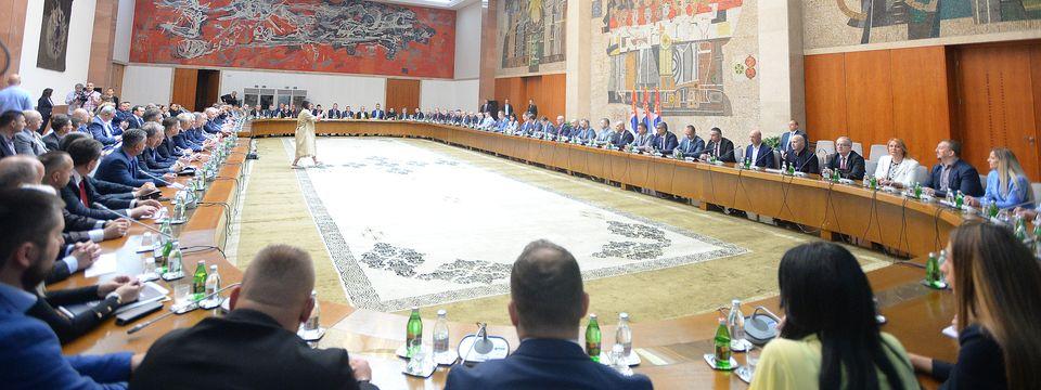 Predsednik Vučić sa predstavnicima Srba sa Kosova i Metohije