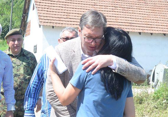 Predsednik Aleksandar Vučić posetio Lučane