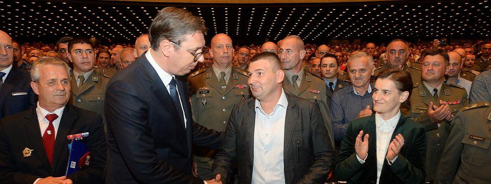 Predsednik Vučić prisustvuje svečanoj akademiji povodom obeležavanja 20-godišnjice bitke na Košarama