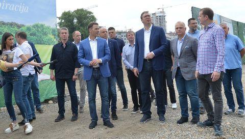 Председник Вучић обишао радове на парку у оквиру пројекта Београд на води
