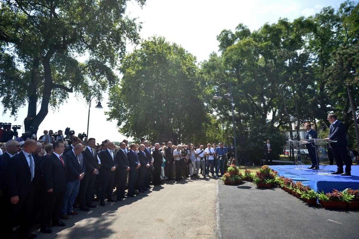 Predsednik Republike Srbije Aleksandar Vučić primio je u radnu posetu predsednika Mađarske Janoša Adera