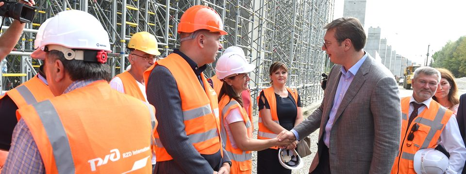 """Obilazak radova na izgradnji vijadukta """"Čortanovci"""" na železničkoj deonici Stara Pazova – Novi Sad"""