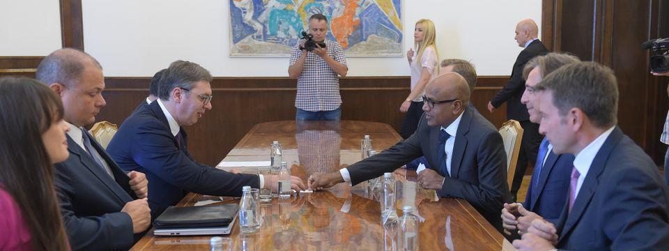 Председник Вучић састао се са делегацијом шведске компаније Ериксон