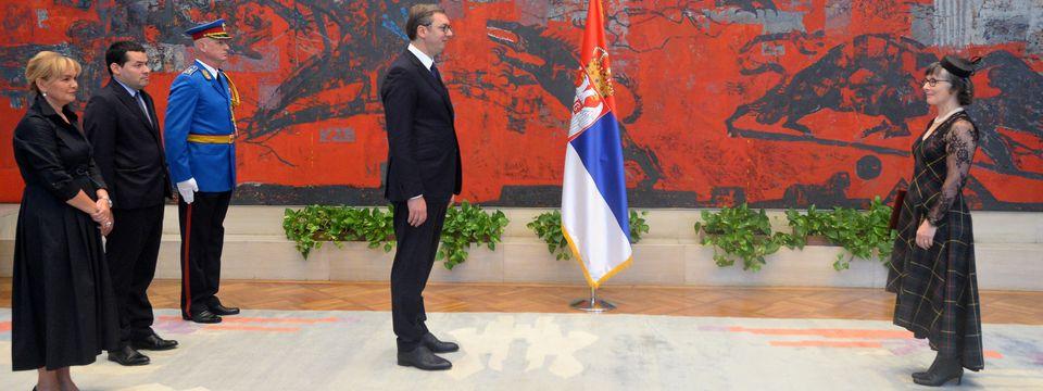 Predsednik Vučić primio je akreditivna pisma novoimenovane ambasadorke Ujedinjenog Kraljevstva