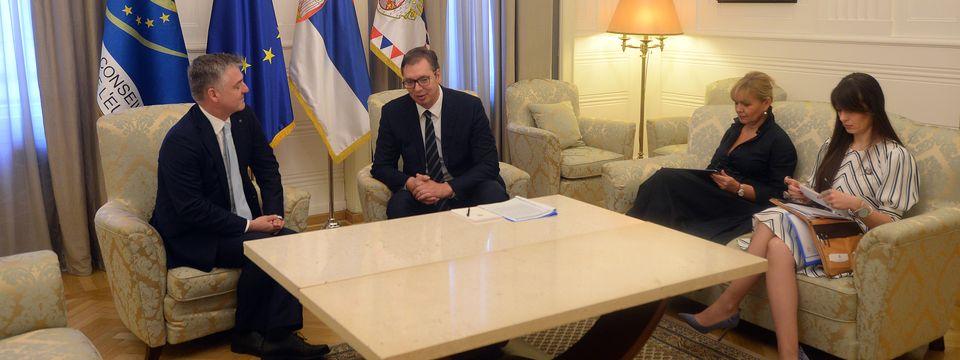 Председник Вучић састао се са шефом мисије Савета Европе у Београду