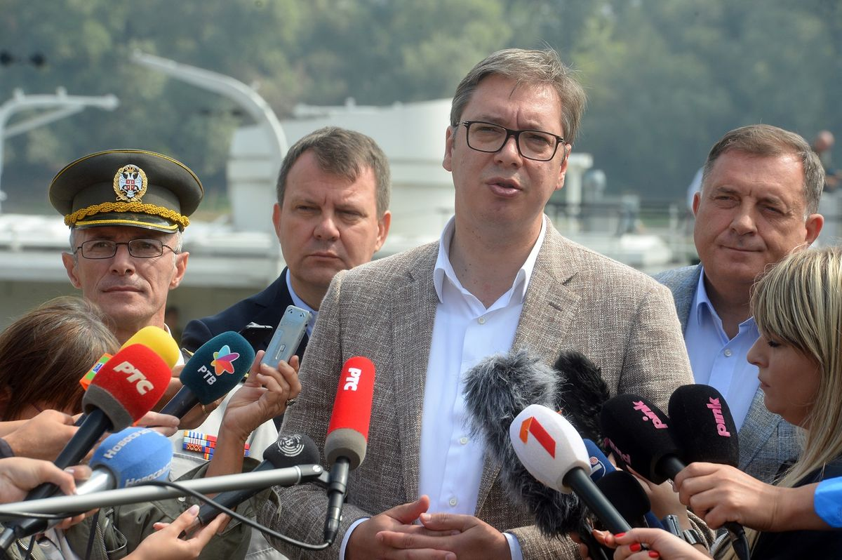 "Predsednik Vučić prisustvovao Združenoj taktičkoj vežbi ""BEGEJ 2019"""
