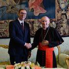 Predsednik Vučić sastao se sa državnim sekretarom Svete Stolice