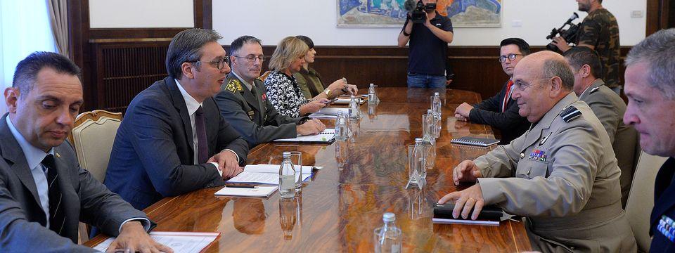 Председник Вучић састао се са председавајућим Војном комитету НАТО