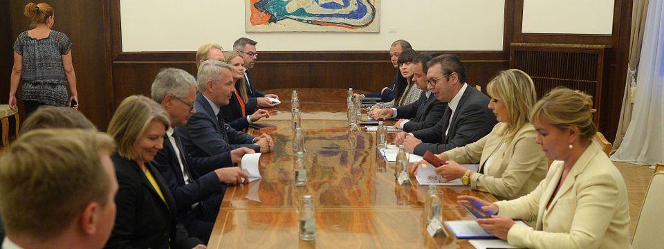Predsednik Vučić sastao se sa ministrom spoljnih poslova Republike Finske
