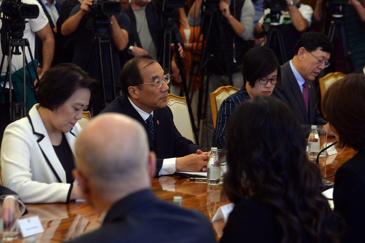 Састанак са чланом Политбироа Комунистичке партије Кине и секретаром Секретаријата Централног комитета КПК