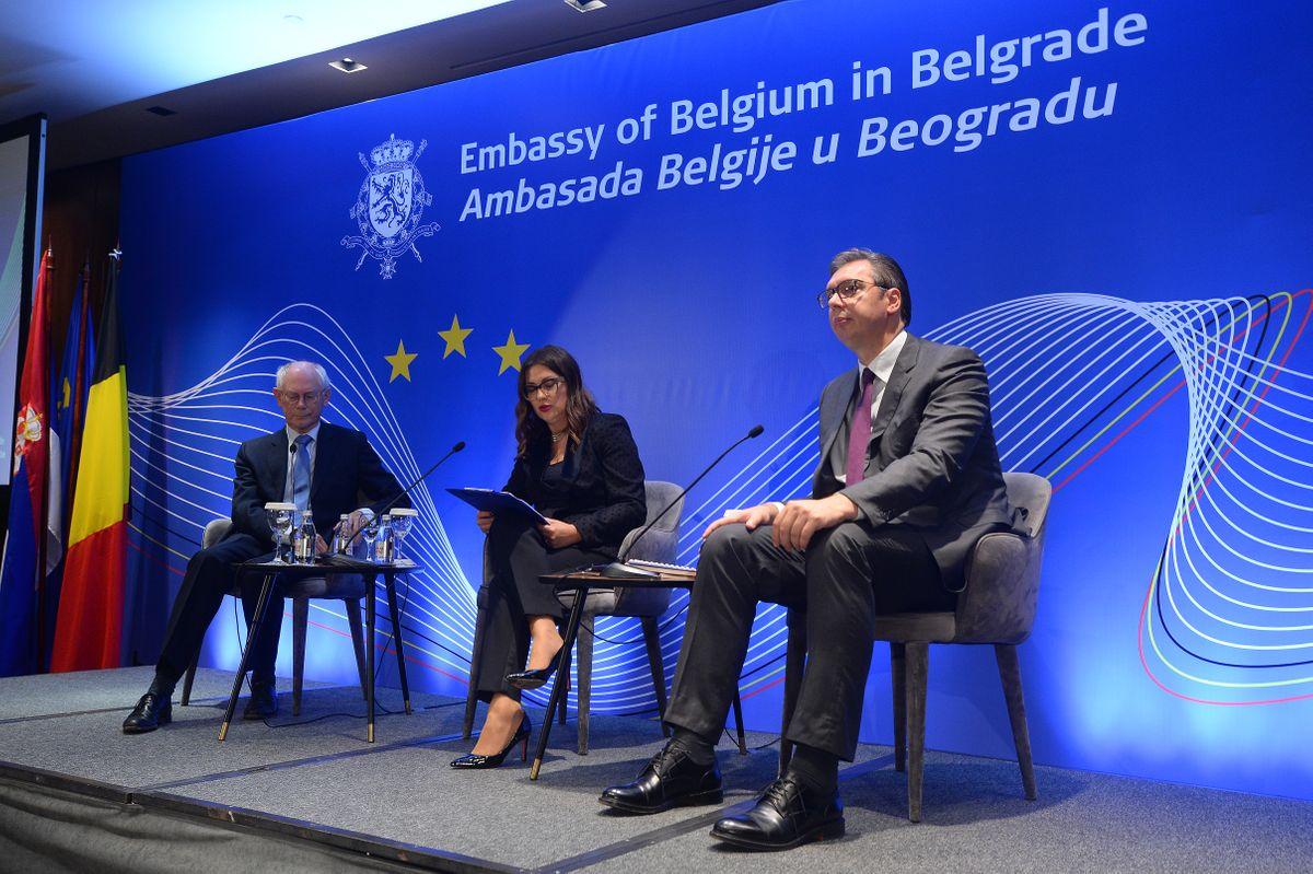 """Predsednik Vučić učestvovao na panelu """"Evropska unija i Srbija: Zajednička sudbina?"""""""