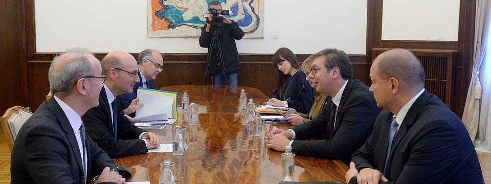 Predsednik Vučić sastao se sa direktorom Direkcije za kontinentalnu Evropu Ministarstva spoljnih poslova Republike Francuske
