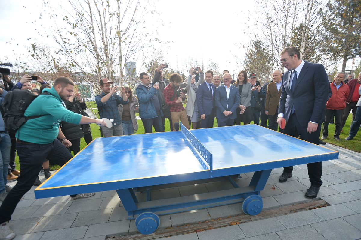 Predsednik Vučić prisustvovao je otvaranju Beogradskog parka, Bulevara Vudroa Vilsona i ulice Nikolaja Kravcova