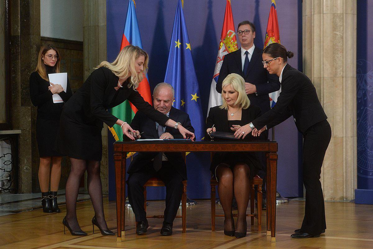 President Vučić attends the signing of the contract for construction of the Ruma-Šabac-Loznica highway section