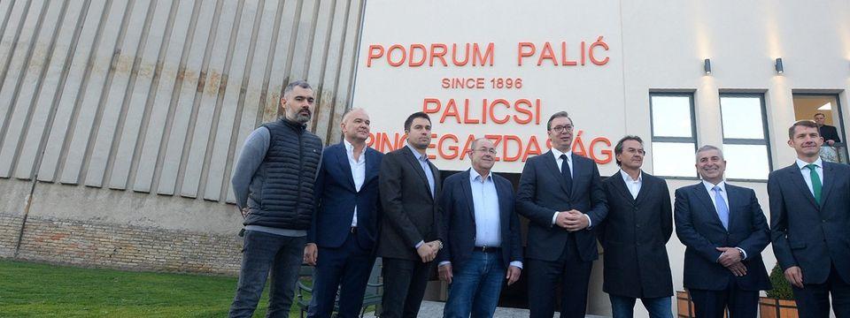 """Predsednik Vučić obišao """"Podrum Palić"""""""
