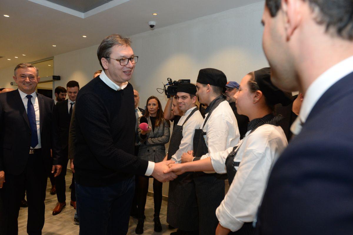 Председник Вучић обишао хотел