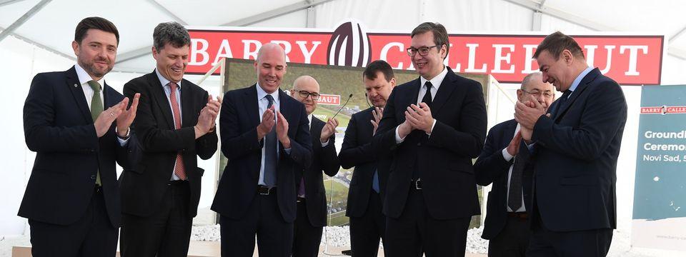 """Predsednik Vučić prisustvovao svečanom postavljanju kamena temeljca za izgradnju nove fabrike kompanije """"Barry Callebaut"""""""
