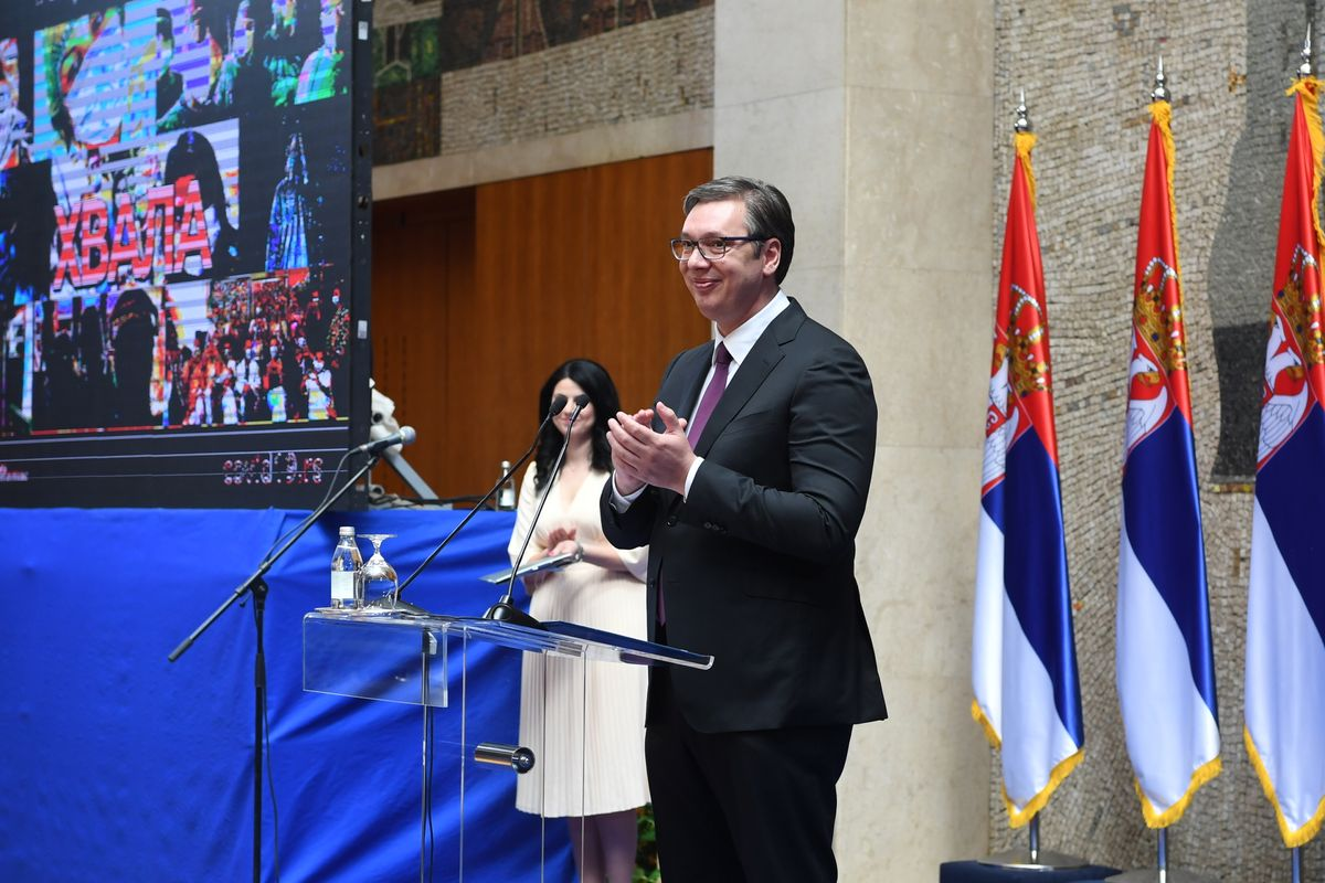 Predsednik Vučić priredio prijem za medicinske radnike iz Kovid bolnica