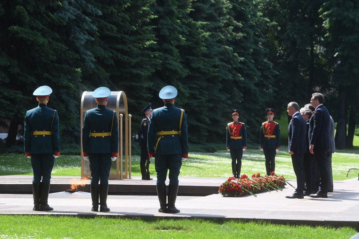 Predsednik Vučić prisustvovao Vojnoj paradi u Moskvi
