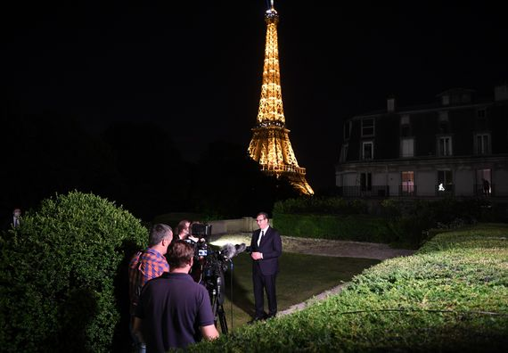 Председник Вучић у дводневној посети Републици Француској