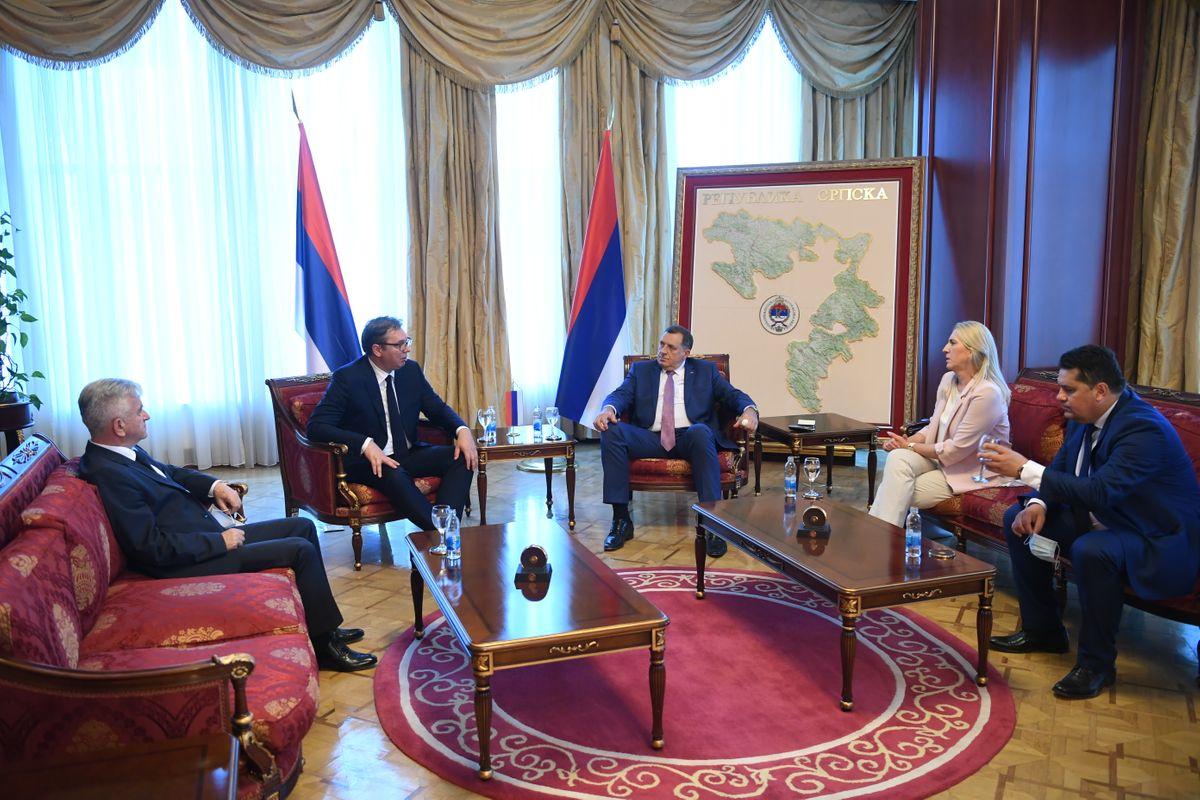 Председник Вучић посетио Бања Луку