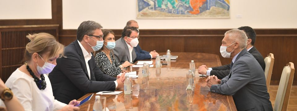 Председник Вучић састао се са амбасадором Руске Федерације