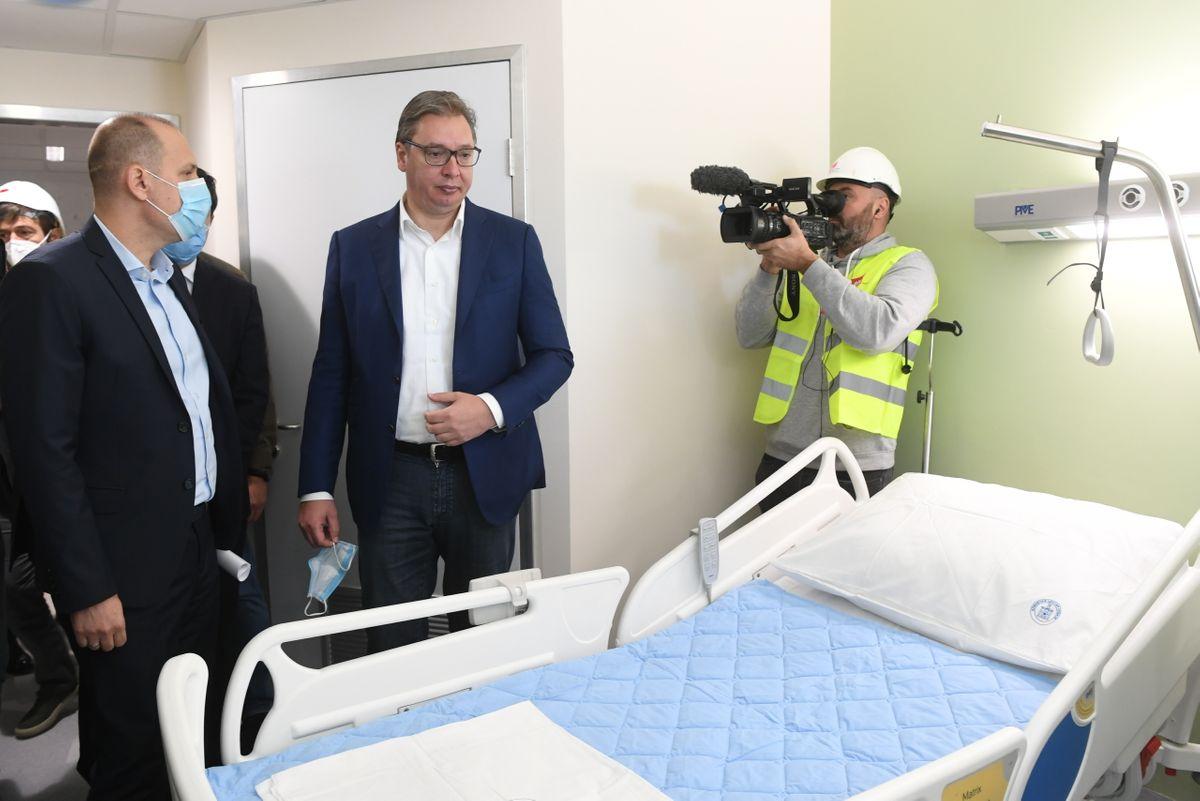 Obilazak radova na rekonstrukciji i izgradnji Kliničkog centra Srbije