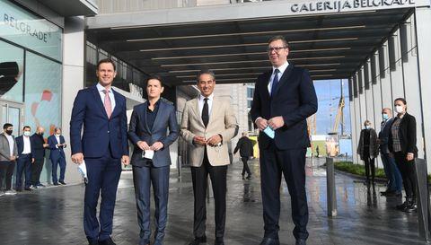 Председник Вучић присуствовао отварању објекта Галерија Belgrade у оквиру пројекта Београд на води
