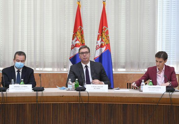 Председник Вучић  присуствовао је седници Владе Републике Србије