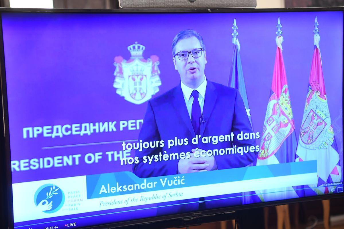 Predsednik Vučić prisustvovao ceremoniji otvaranja Pariskog foruma o miru