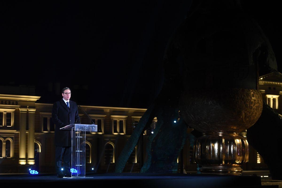 Predsednik Vučić prisustvovao svečanom otkrivanju spomenika Stefanu Nemanji