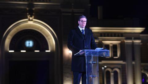 Председник Вучић присуствовао свечаном откривању споменика Стефану Немањи