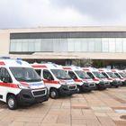 Председник Вучић присуствовао примопредаји санитетских возила набављених кроз програм донације ЕУ